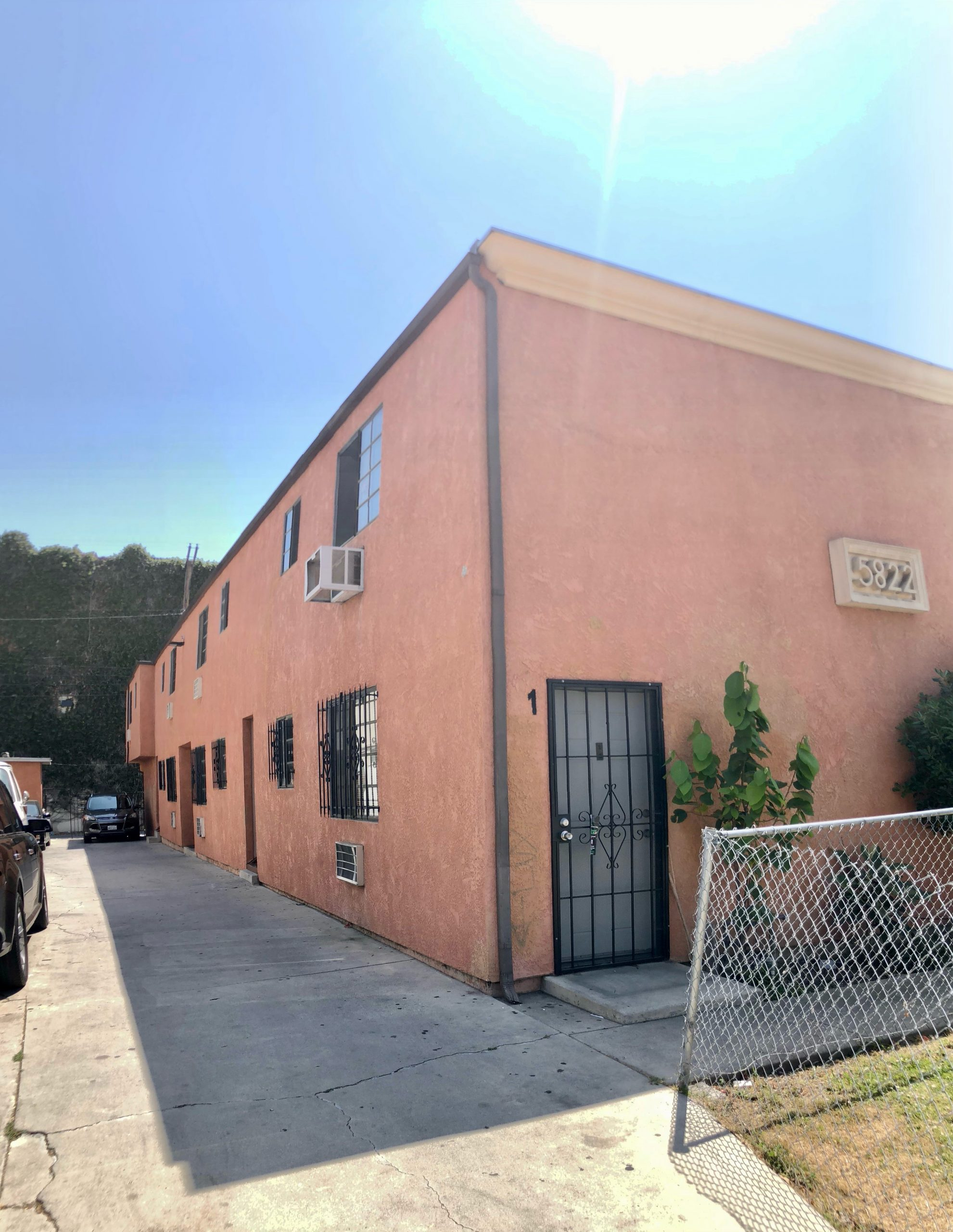 5822 Gregory Ave, Los Angeles CA 90038